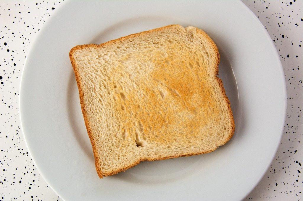食パン トースト こんがり焼けた食パン