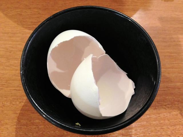 卵の殻 生卵