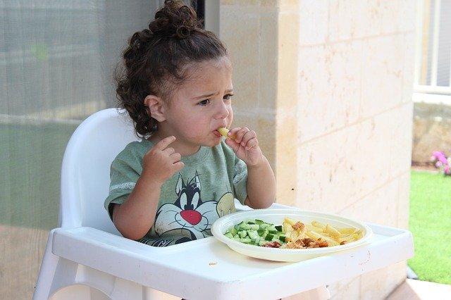 幼児 子供 女の子 朝ごはん 野菜 ポテト