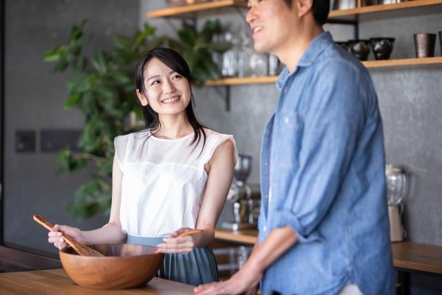 女性 男性 キッチン 料理